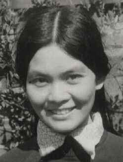 Siew-Yue in her garden